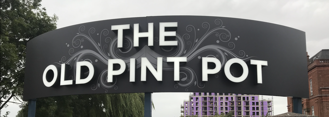 2019 09 12 The Old Pint Pot Sign