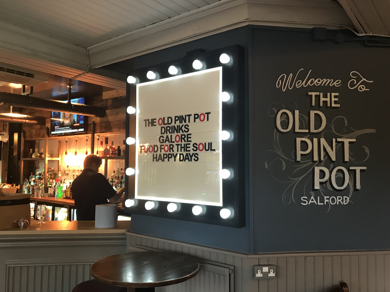 2019 09 12 The Old Pint Pot Signage