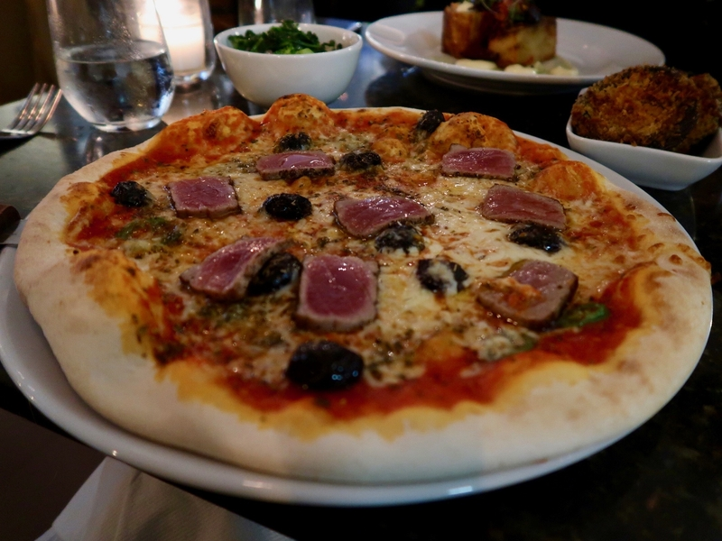 2019 12 17 The Whitehall Seared Tuna Pizza