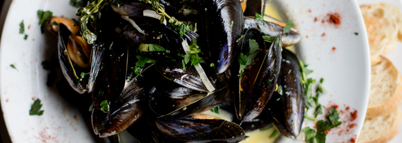 2019 11 27 Bread And Butter Mussels Main 2
