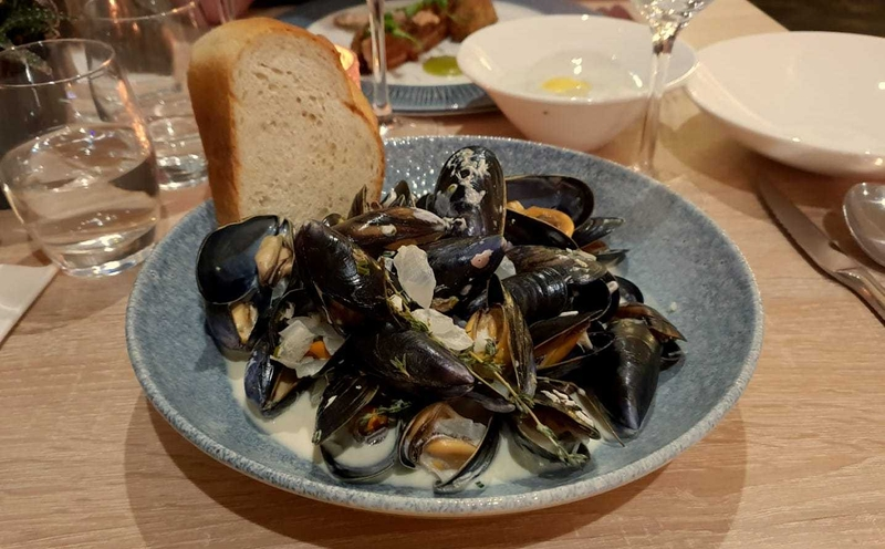 301018 Broadleys Moules
