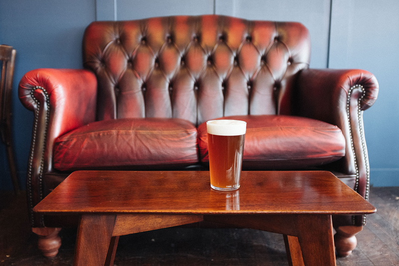 2018 11 28 Assembly Sofa And Pint