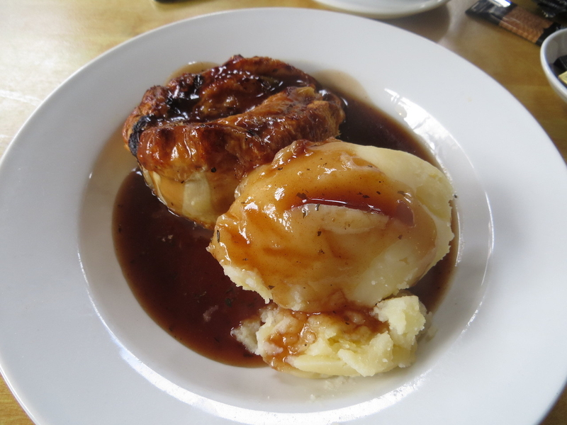 2018 10 04 Pippins Corner Pie And Mash