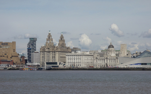 20170418 Liverpool Waterfront Angie Sammons Dsc01121