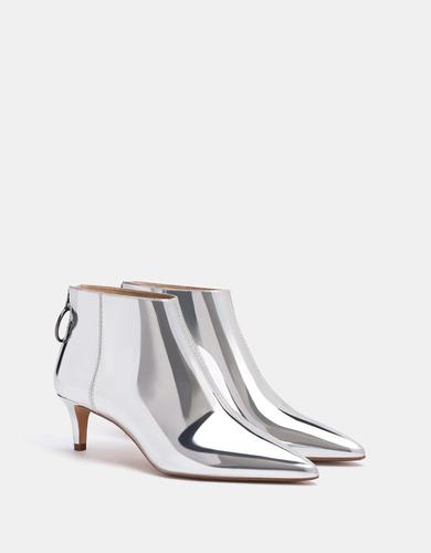 d0aa10dcac 10 winter boots that prove kitten heels are no longer a faux pas