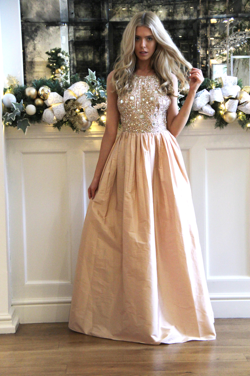 544a4be21cce Watch – We style French Connection's best festive party dresses