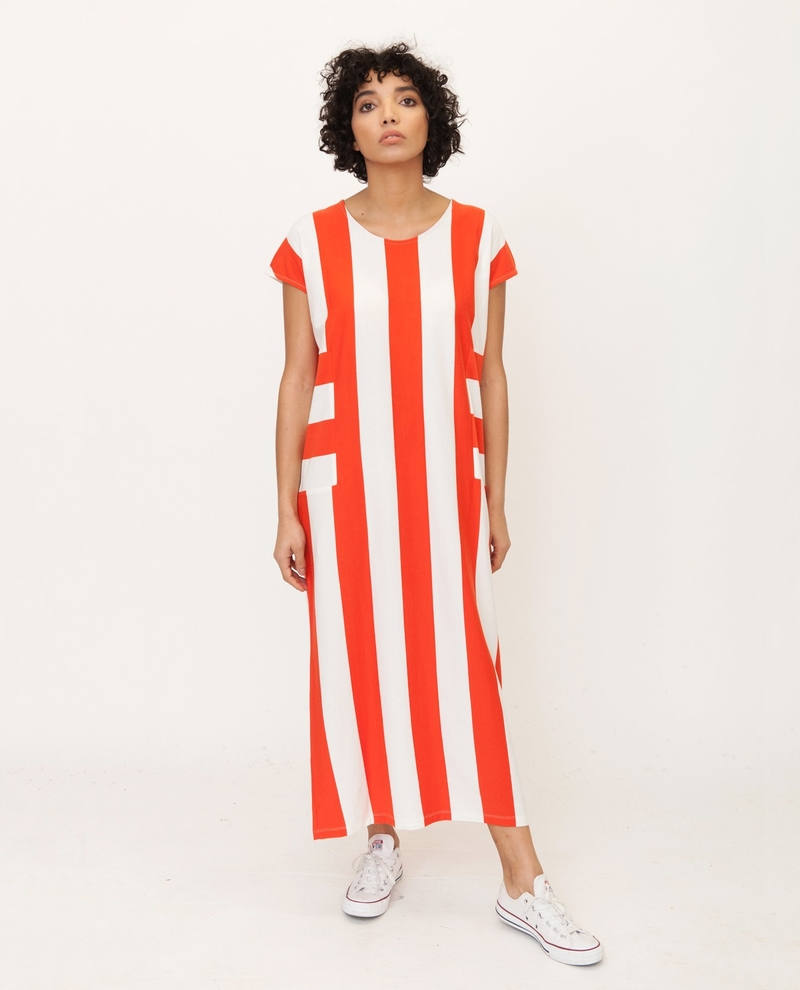 18 03 29 Beaumont Organic Cotton Dress In Red And Cream 2