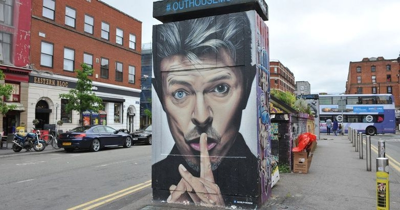 170518 David Bowie Stevenson Square