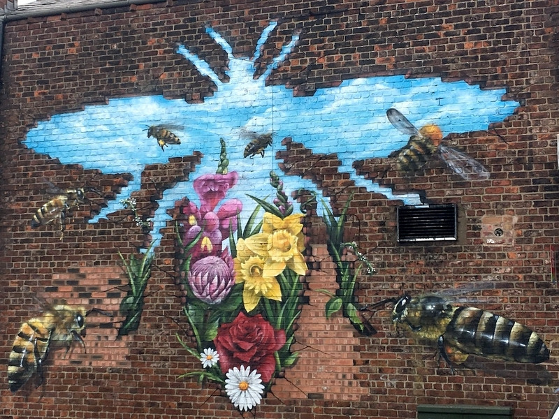 2018 07 13 How To Spend A Weekend In Salford Monton Bee Strong Mcr Mural