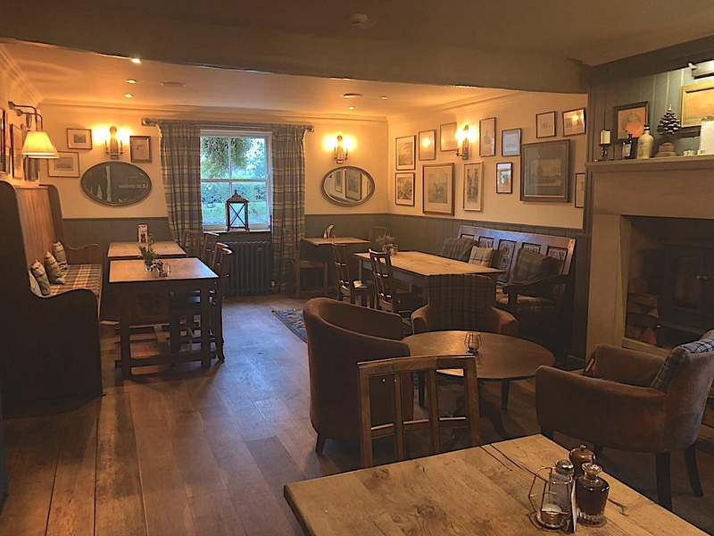 2019 10 22 Derby Arms Cosy Interior