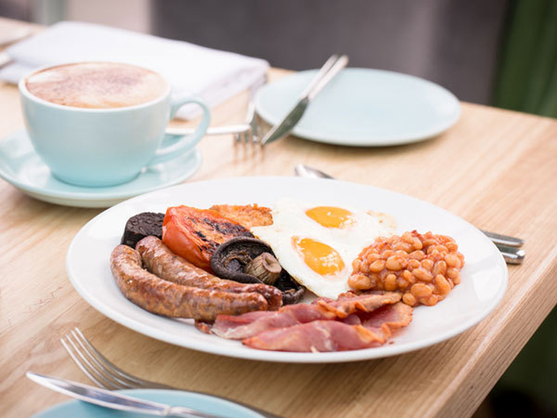 20180704 Alderley Edge Hotel Full English Breakfast 4X3 600