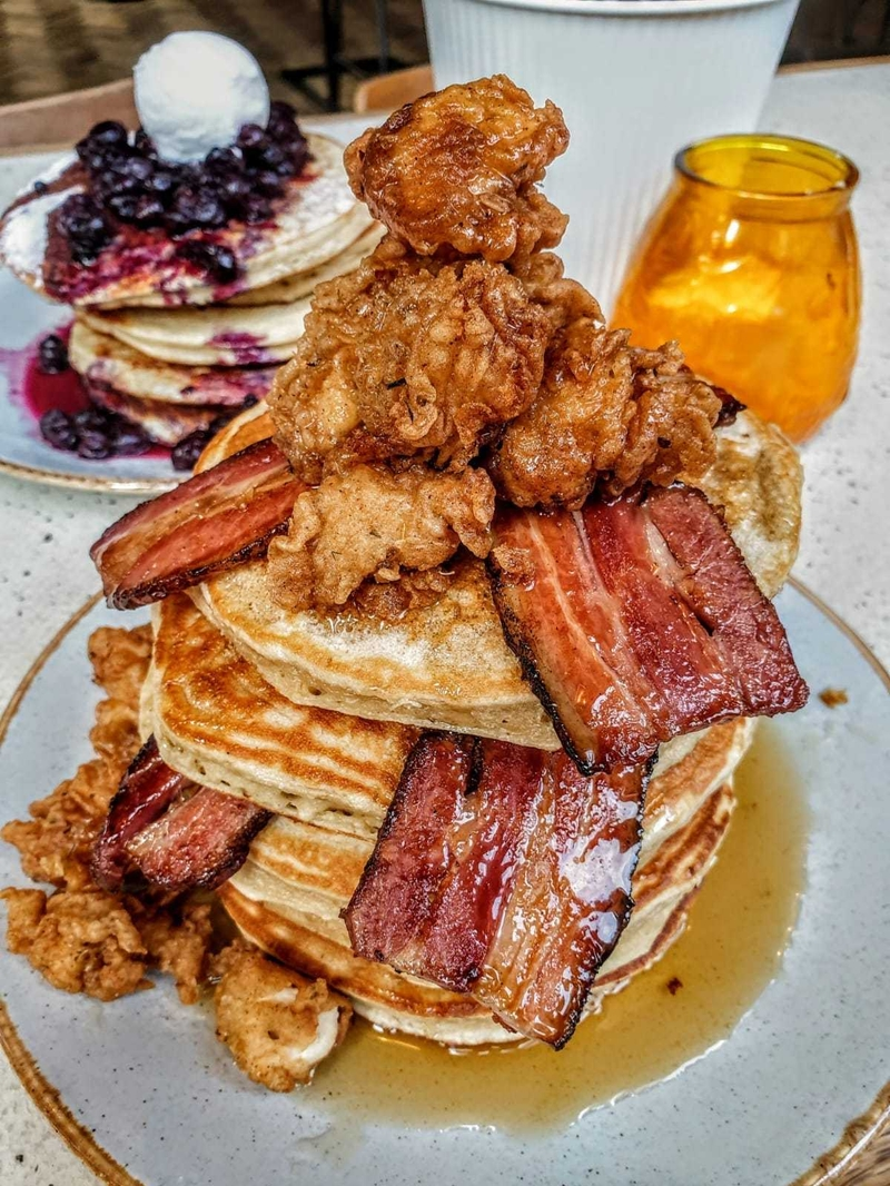 2020 02 24 Wilsons Social Popcorn Chicken Bacon Pancakes
