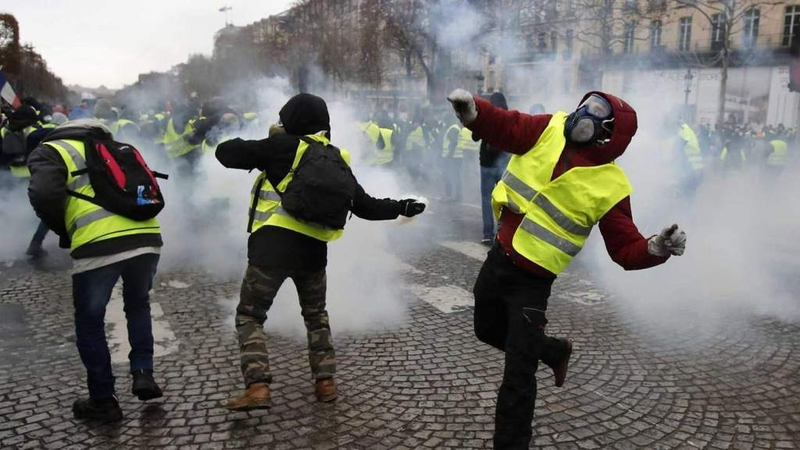 2018 12 20 Civil Unrest Gilets Jaunes On The Paris Streets