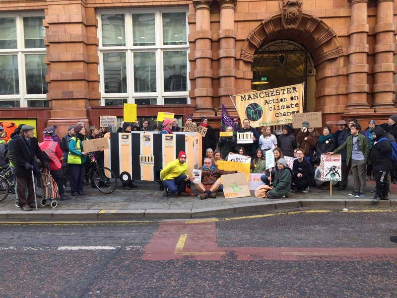 2020 01 08 Better Buses Campaigners With Walking Bus