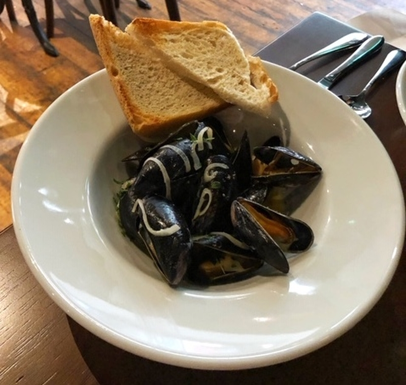 2019 08 12 Queens Liverpool Mussels