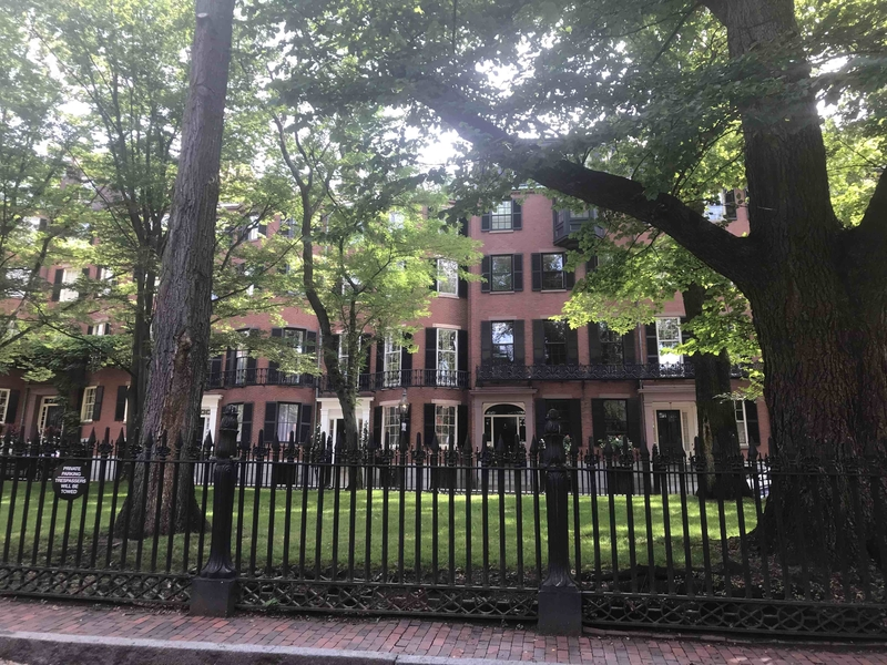 180426 Louisburg Square