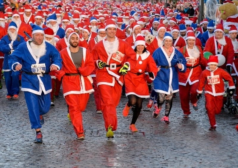 Liverpool Santa Dash 2017 Pic By Paul Francis Cooper  Dsc9248