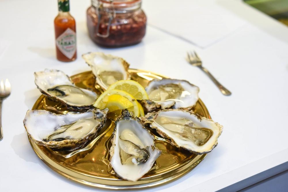 170310 Aphrodisiac Oysters
