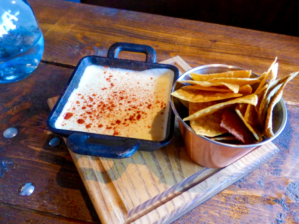 170706 Chida Cantina Review Queso