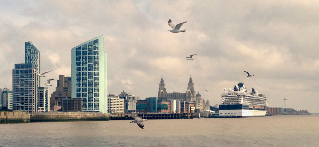 20170406_Liverpool_Mersey_by_Angie_Sammons.jpg#asset:401391