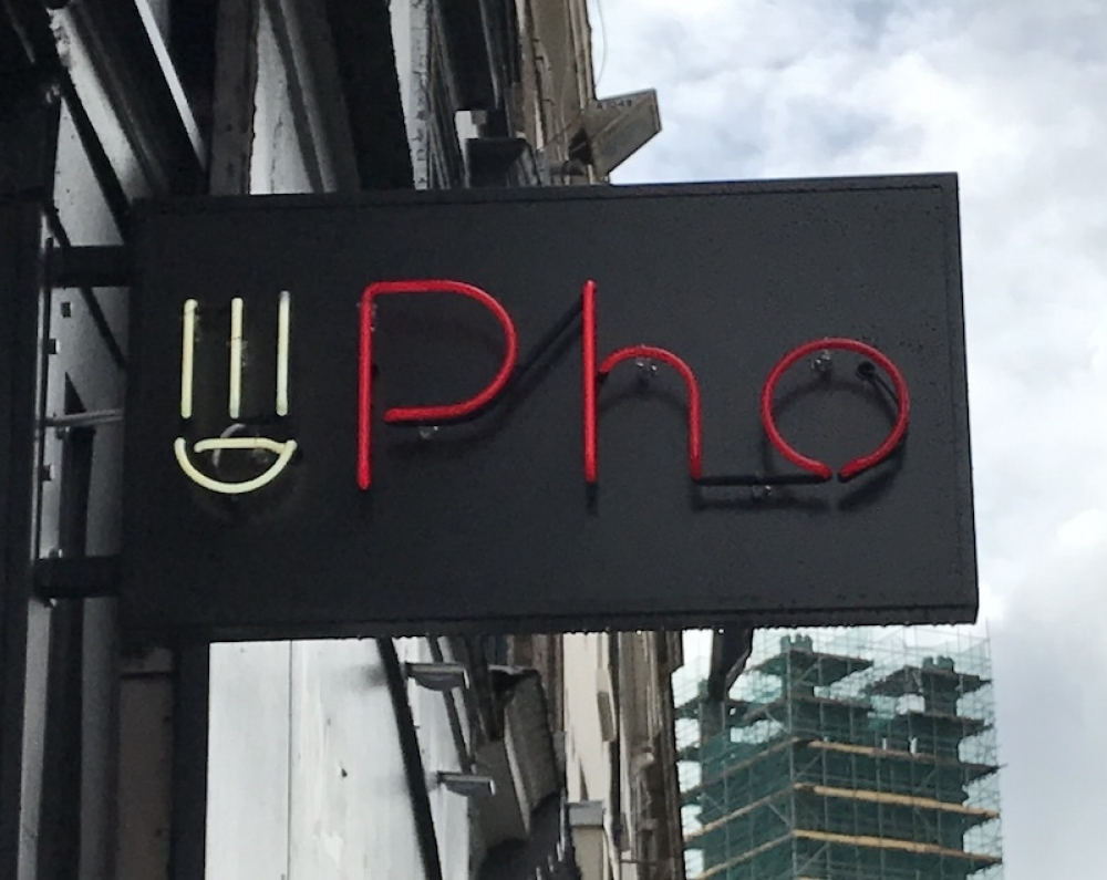 20170411 Pho Liverpool Pho Sign