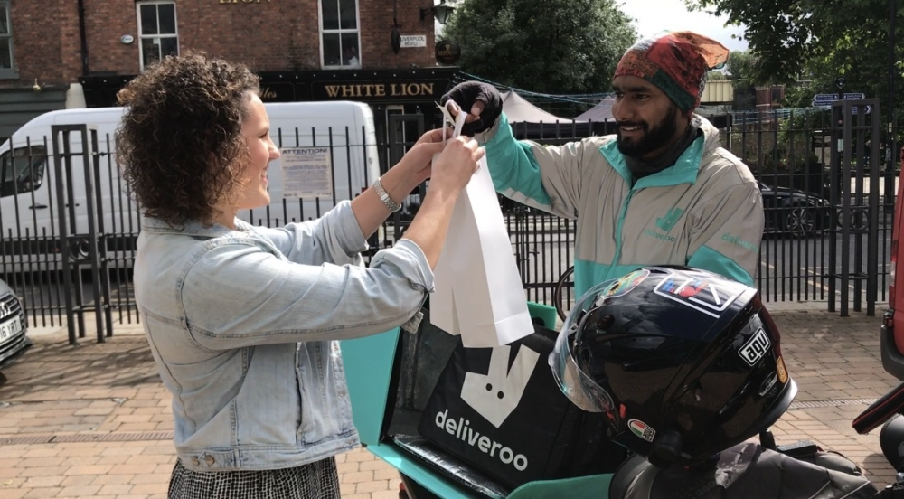 2017 08 03 Deliveroo Office Drinks With Driver
