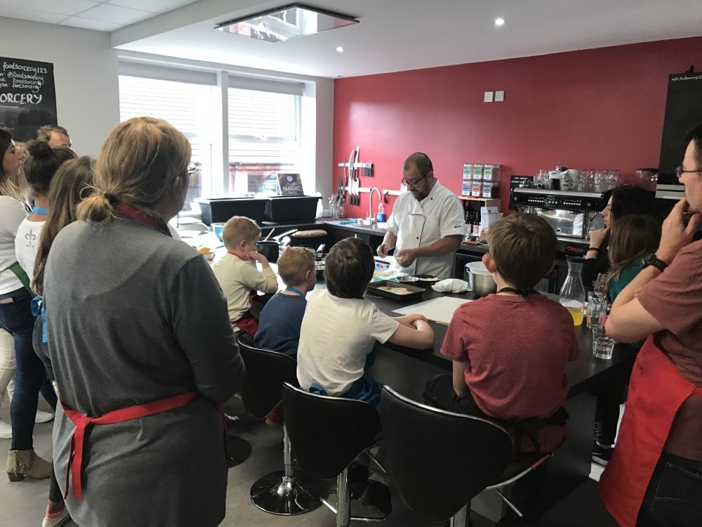 2017 09 22 Food Sorcery Kids Jason Explaining
