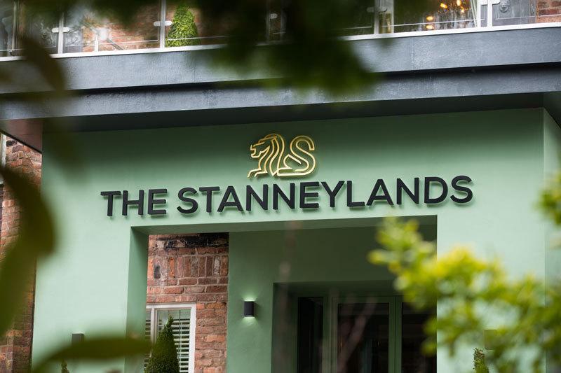 20181030 Stanneylands Entrance 800X533