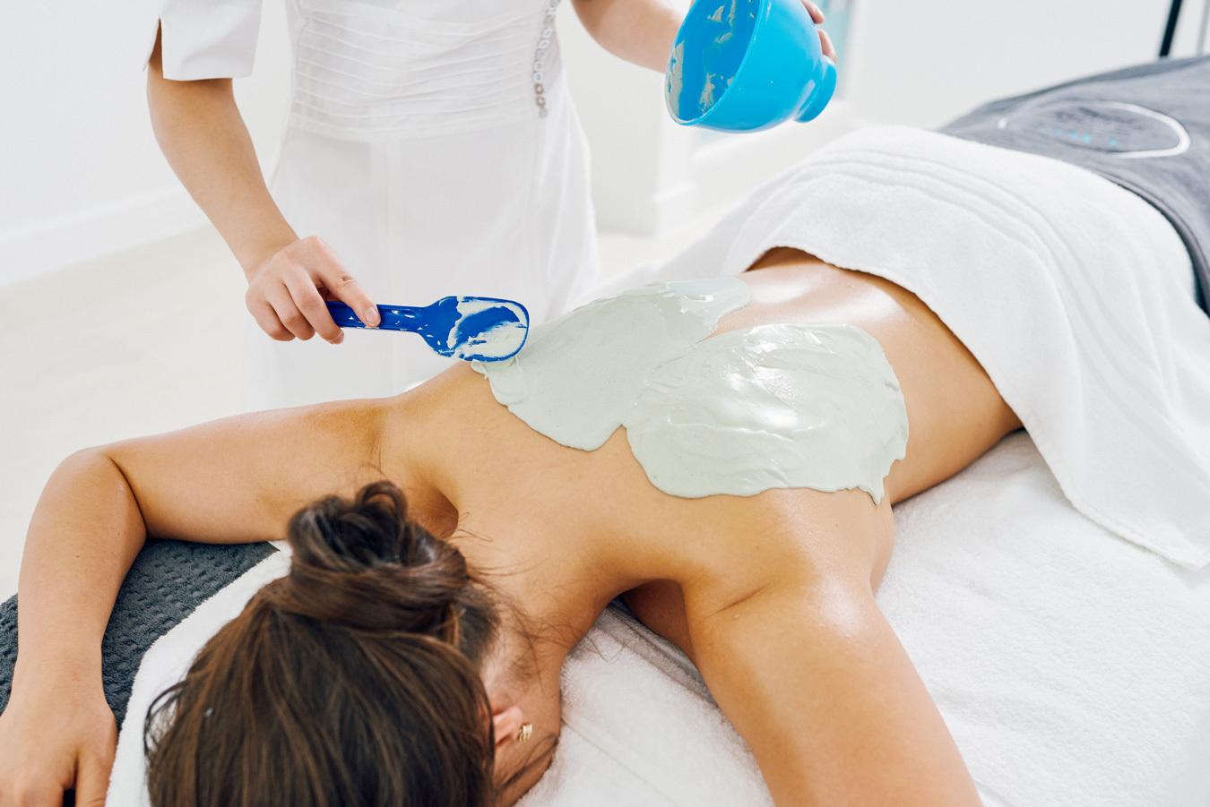 20190304 Qmsskinspaathelowry Massage7