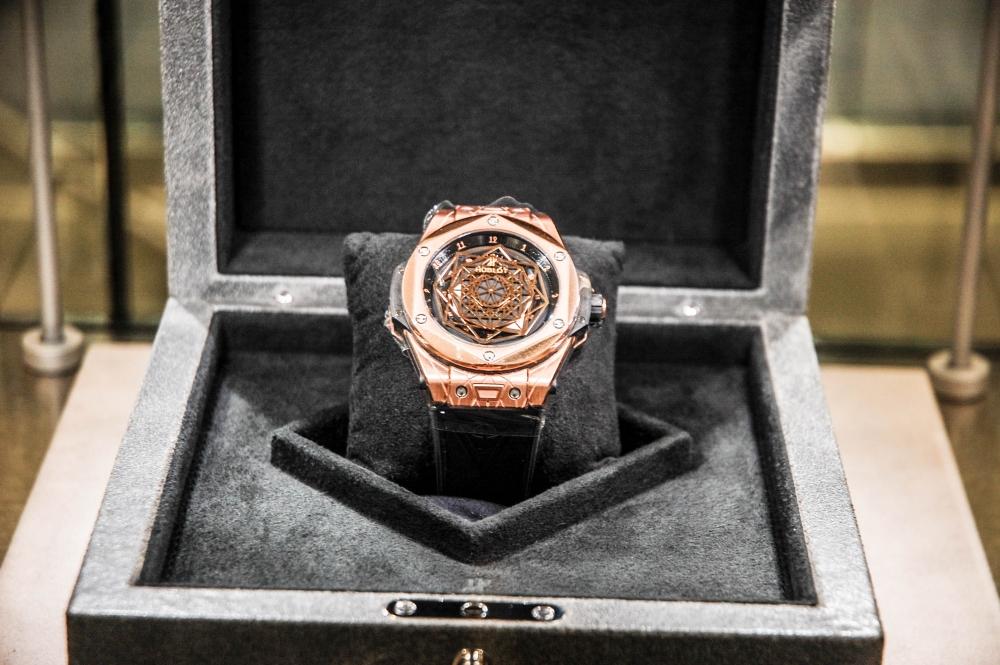 17 10 17 Watches Of Switzerland 5 Of 17