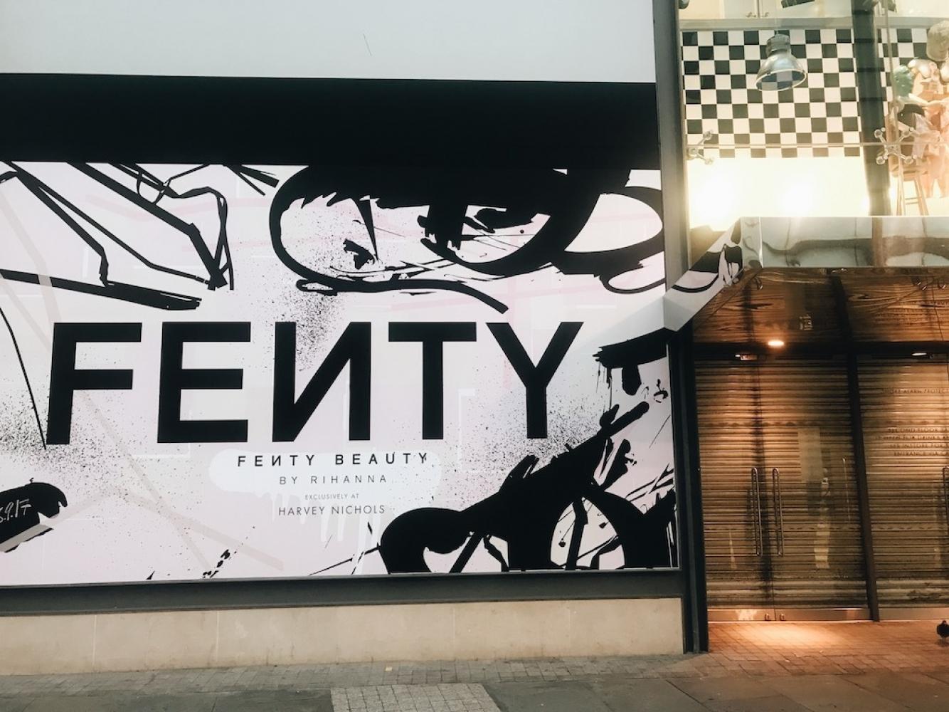 17 09 08 Rihanna Fenty Beauty Harvey Nichols Img 4690