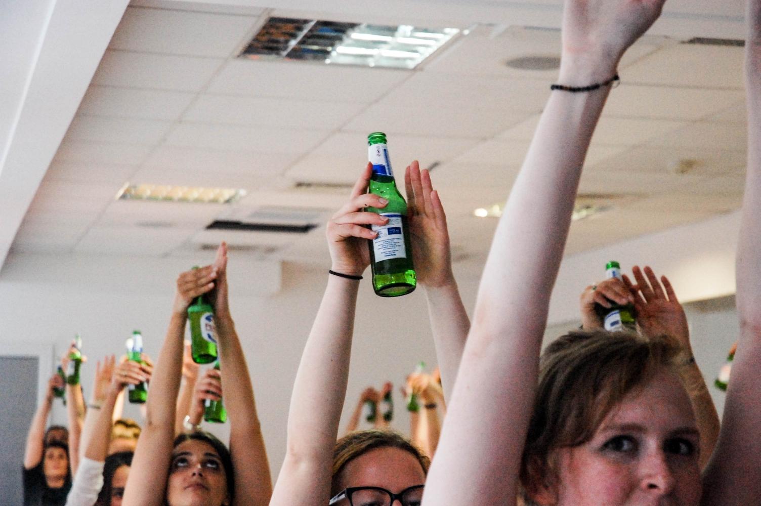 2017 09 02 Beer Yoga 7 Of 1