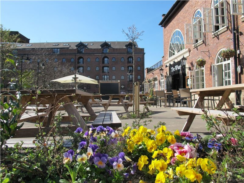 170511 Manchester Outdoor Drinking Terraces64 Ng H