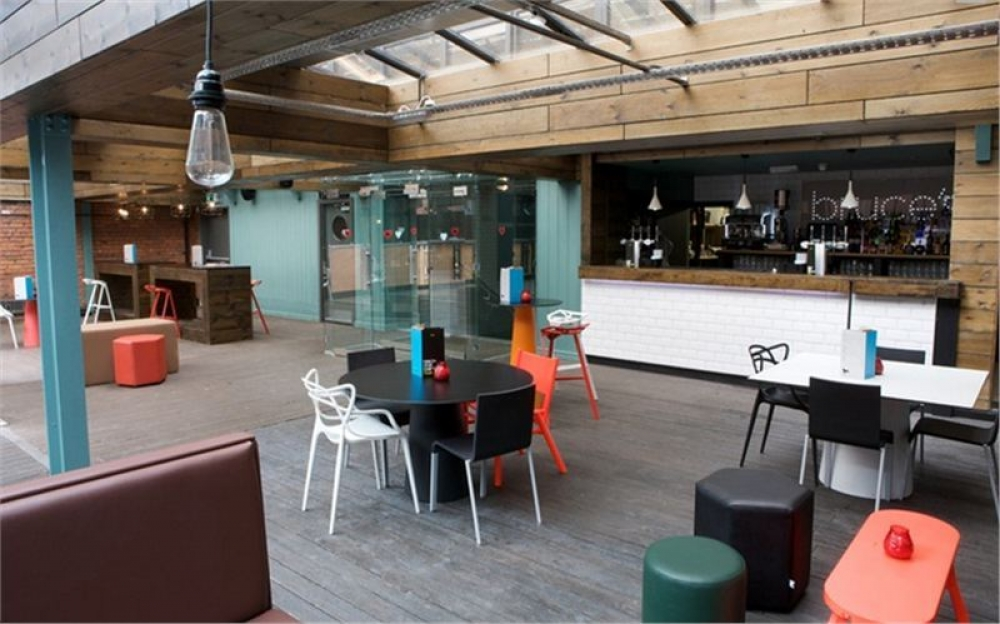 170511 Manchester Outdoor Drinking Terraces67 I9 H