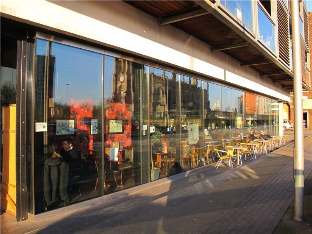 170511 Manchester Outdoor Drinking Terracesbanyan Tree 58383Fddd