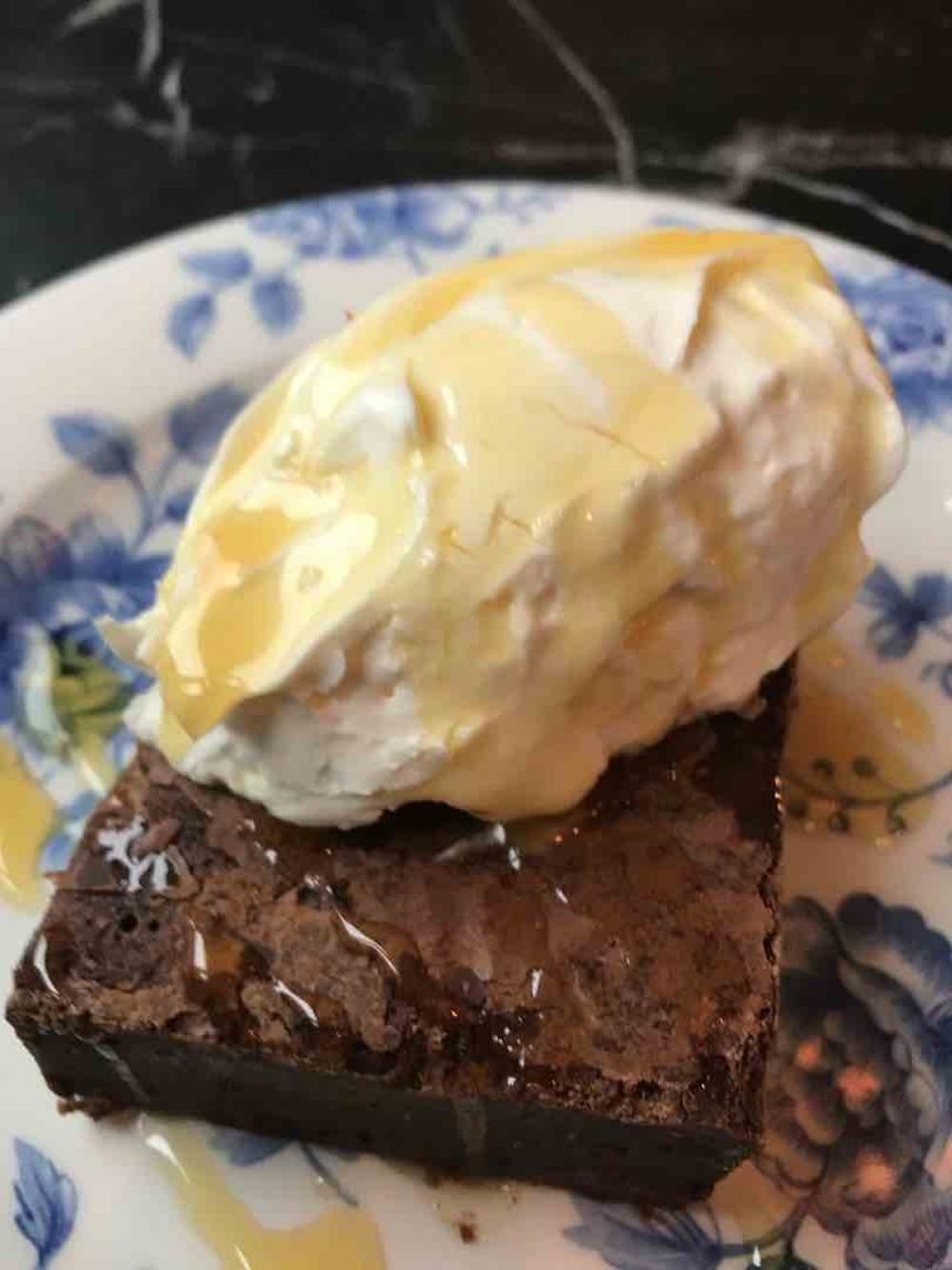 170615 Suri Chocolate Brownie