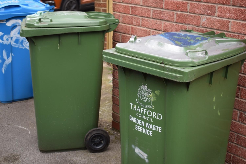 170606 Trafford Garden Waste Bins Dsc 0165