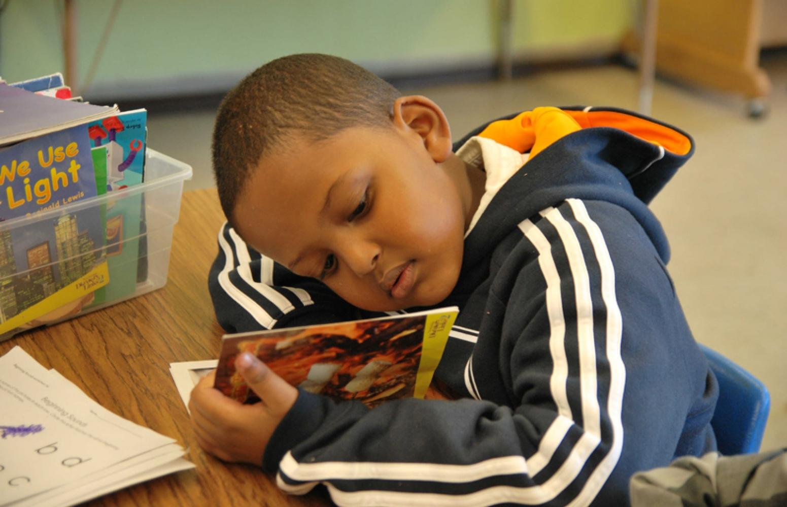 170801 Child Reading