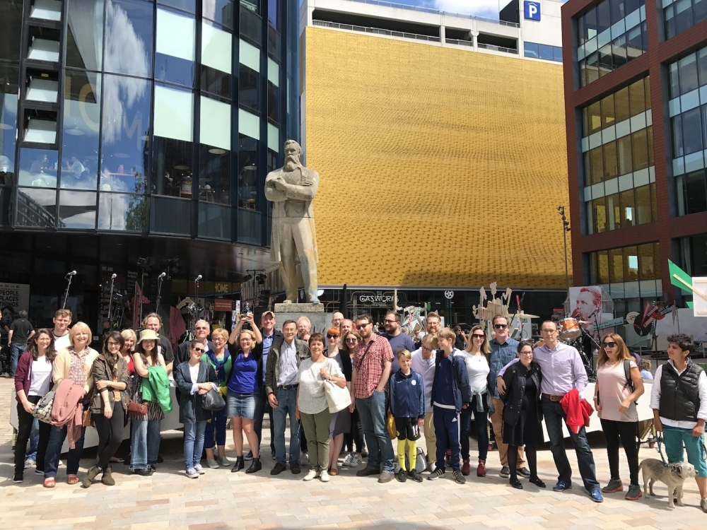 170728 Tour Group At Engels Statue