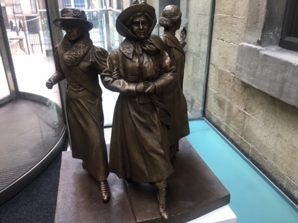 Sleuth Pankhurst Statues