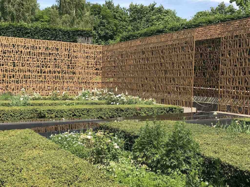 170716 170716 Christian Garden