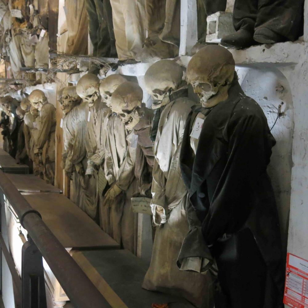 170821 Catacombs