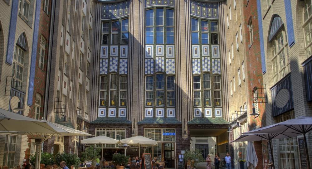 Berlin 170719 Hackescher Höfe