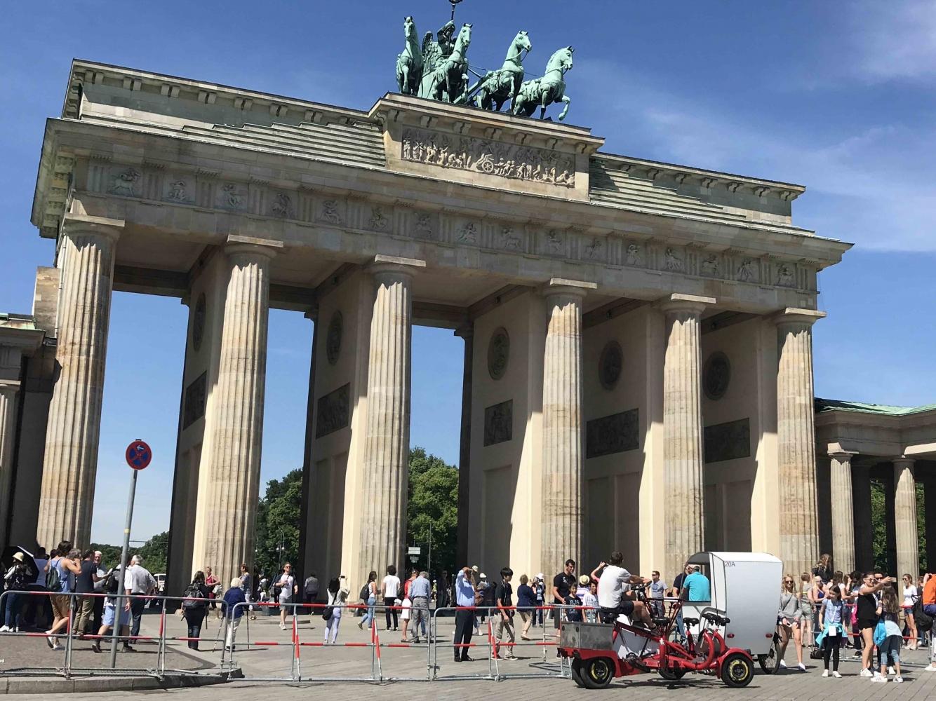 Berlin 170719 Brandenberg Gate