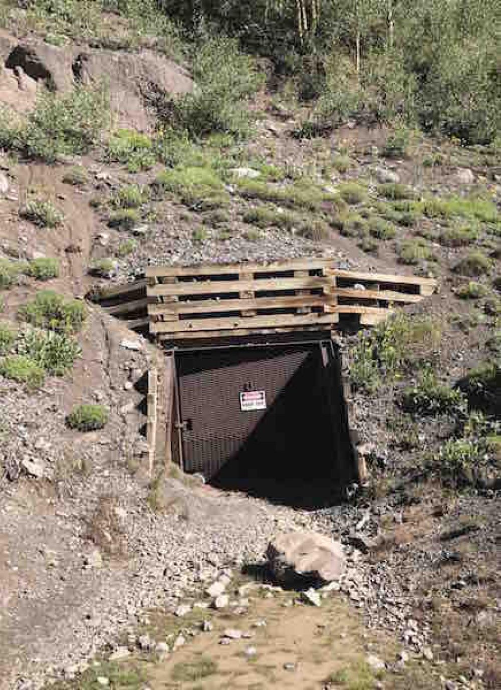 170824 Mine Entrance